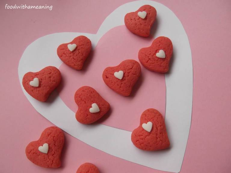 pink cookie hearts-foodwithameaning