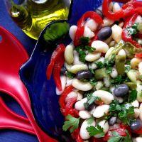 Salada de feijão azul