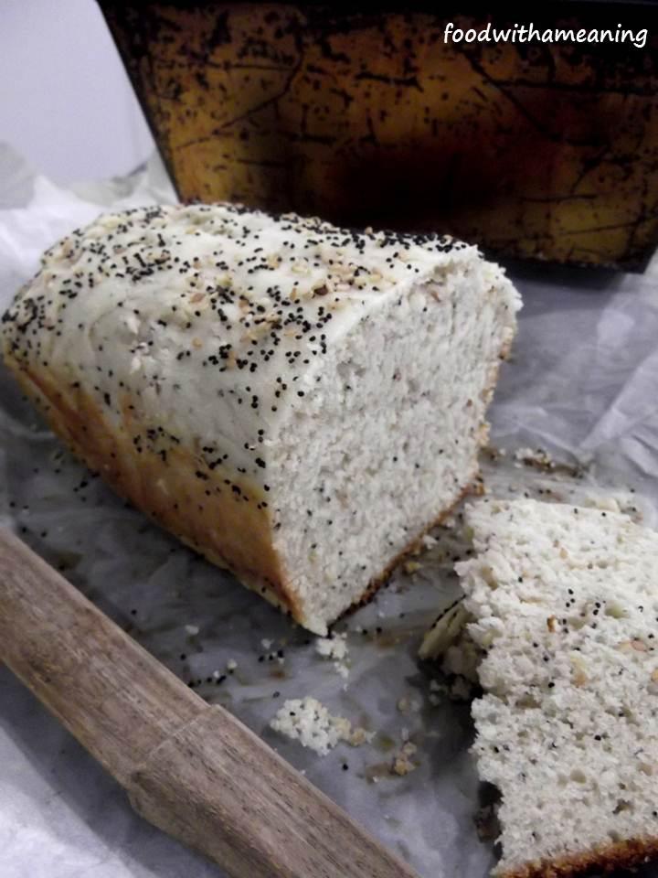 pão branco com sementes
