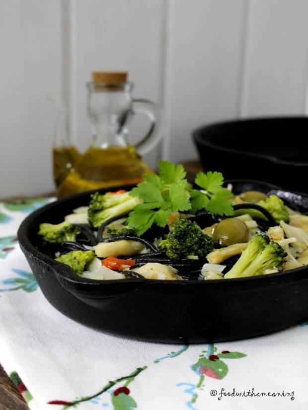 Bacalhau com Esparguete Nero di Seppia