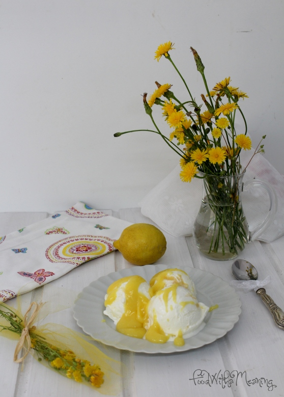 gelado de limão com lemon curd