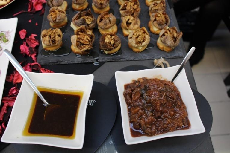 Chutney de damasco com tâmaras