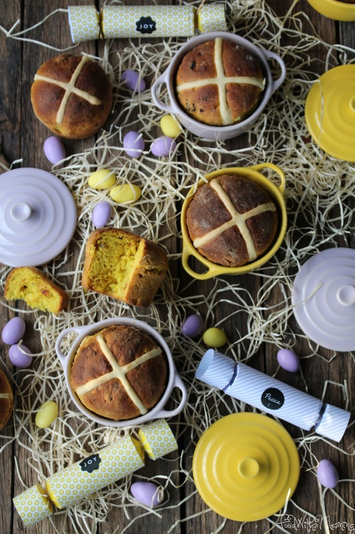 Hot Cross Buns_foodwithameaning