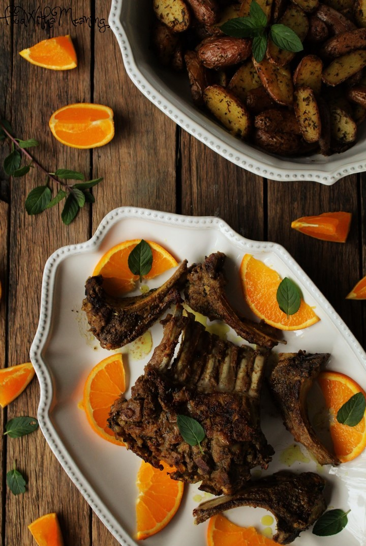 Carré de borrego com sabores indianos e com laranja