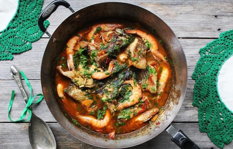 garoupa e camarão na wok