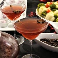 Ponche de frutos silvestres e especiarias (sem álcool)