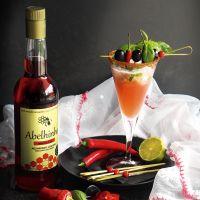 Red Chili Pepper Cocktail...Abelhinha de Malagueta