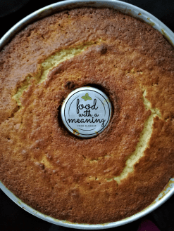 Bolo de ananás Food with A Meaning