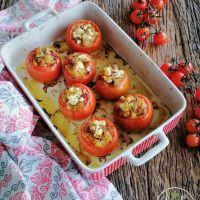 Tomates recheados com batata, cogumelos, presunto e requeijão