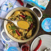 Caril de Frango com Cogumelos, Alcaparras e Iogurte Grego Natural Yoçor